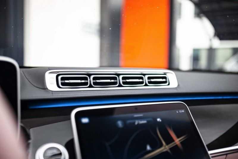 "Mercedes-Benz S-Klasse 500 4Matic Lang AMG *Pano / 3D Burmester / HUD / Distronic / 21"" / 3D Display* afbeelding 19"