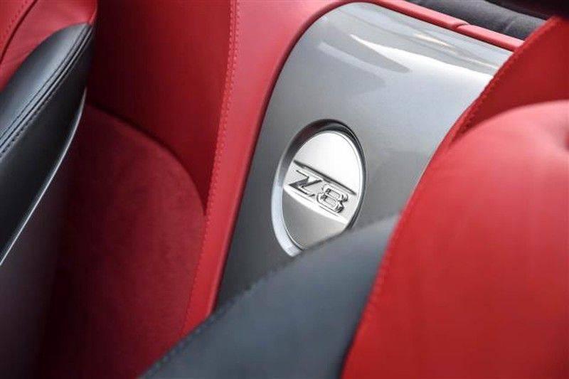 BMW Z8 ROADSTER 5.0-V8 ZWART/ROOD LEDER afbeelding 8