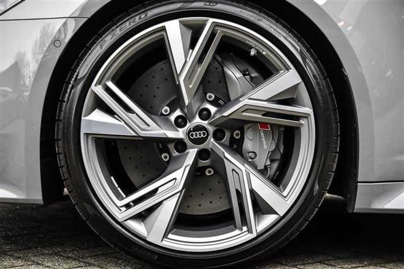 Audi RS6 DYNAMIC PLUS+CARBON+B&0 ADV.+ALC.HEMEL NP.254K afbeelding 22