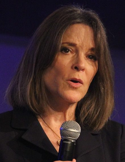 A photo of Marianne Williamson