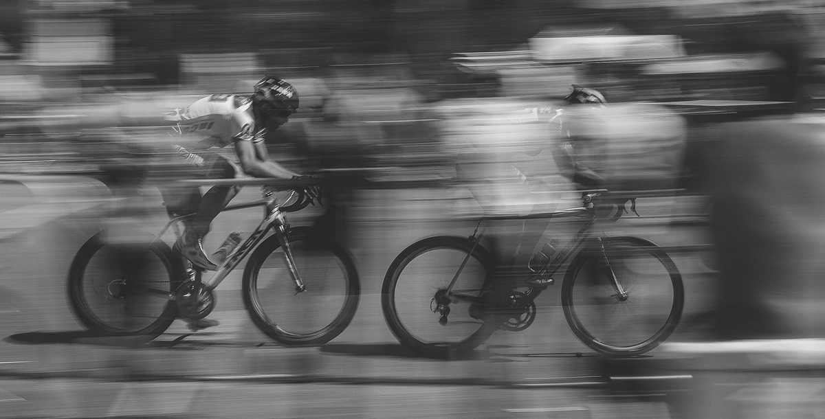 Cyclist going very fast producing blur