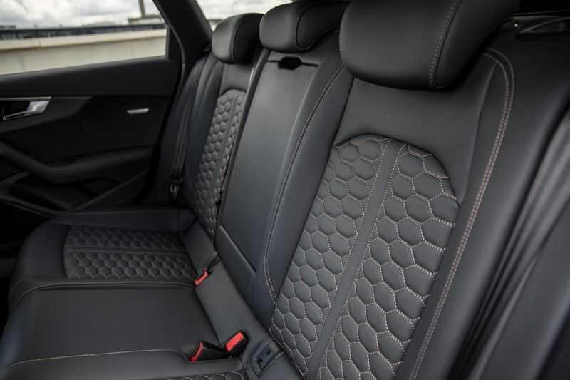 Audi RS4 Avant 2.9 TFSI quattro | 450PK | Style pakket Brons | Keramische remschijven | RS Dynamic | B&O | Sportdifferentieel | 280 km/h Topsnelheid | afbeelding 12