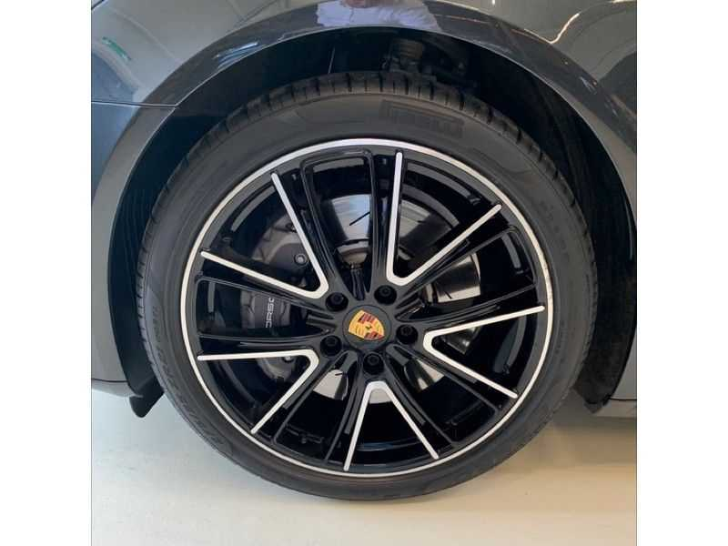 Porsche Panamera Sport Turismo 2.9 4 E-Hybrid   Sportuitlaat   Achteras sturing   Carbon   Stoel koeling   HUD   afbeelding 2