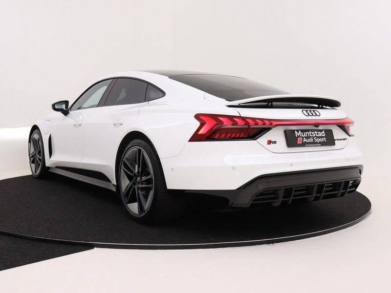 Audi e-tron GT RS   Stoelventilatie/Massage   Head-Up   Carbon   Matrix LED   360 Camera   Nachtzicht   afbeelding 7