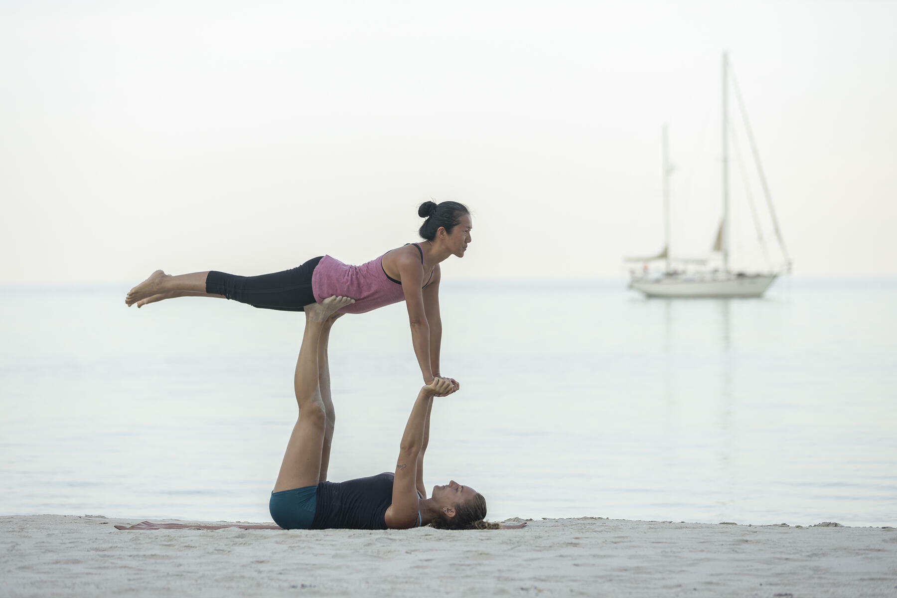 gallery/sailing-and-yoga-30.jpg