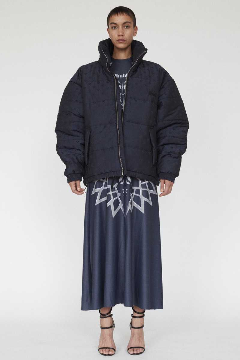 GmbH AW19 DEBS PUFFER JACKET NAVY FULL LOOK