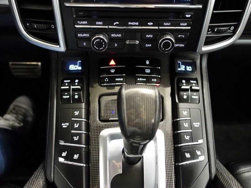 Porsche Cayenne 4.8 Turbo 500pk Designo Tiptr. Aut- Schuifdak, Leer, Sport Chrono, Akrapovic afbeelding 10