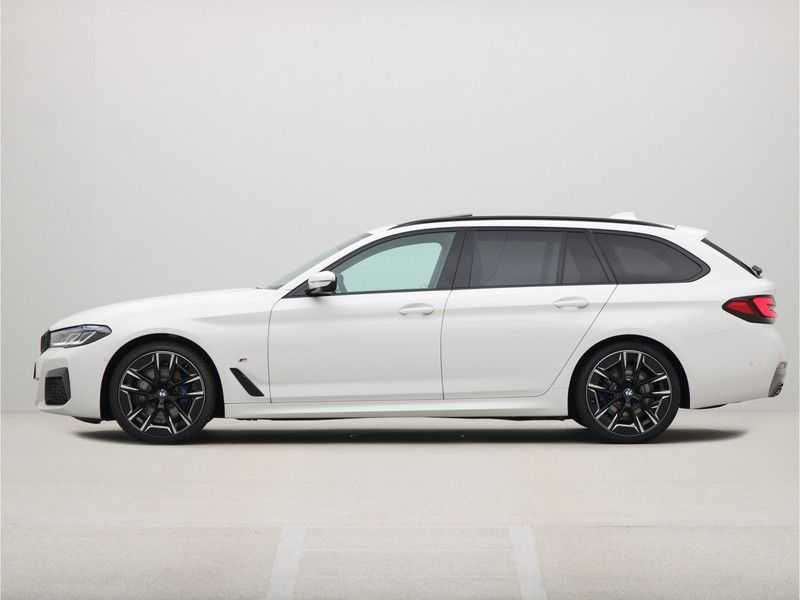BMW 5 Serie Touring 530i Launch Edition M-Sport Automaat afbeelding 22