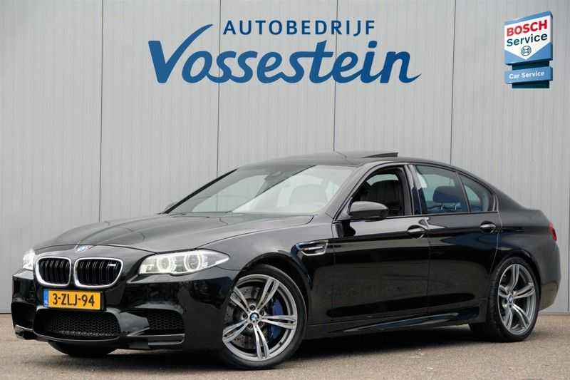 BMW 5 Serie M5 / Schuifdak / Harman Kardon / Side Assist / Head-Up / Stuurverw. / Trekhaak / Massage afbeelding 9