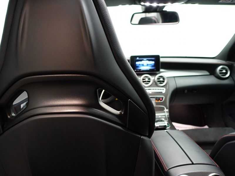 Mercedes-Benz C-Klasse 43 AMG 4MATIC 368pk Performance Carbon, Pano, Full afbeelding 3