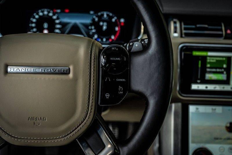 Land Rover Range Rover 4.4 SDV8 Black Pack | Panorama | Head-up Display | Trekhaak | Ambient lighting afbeelding 16