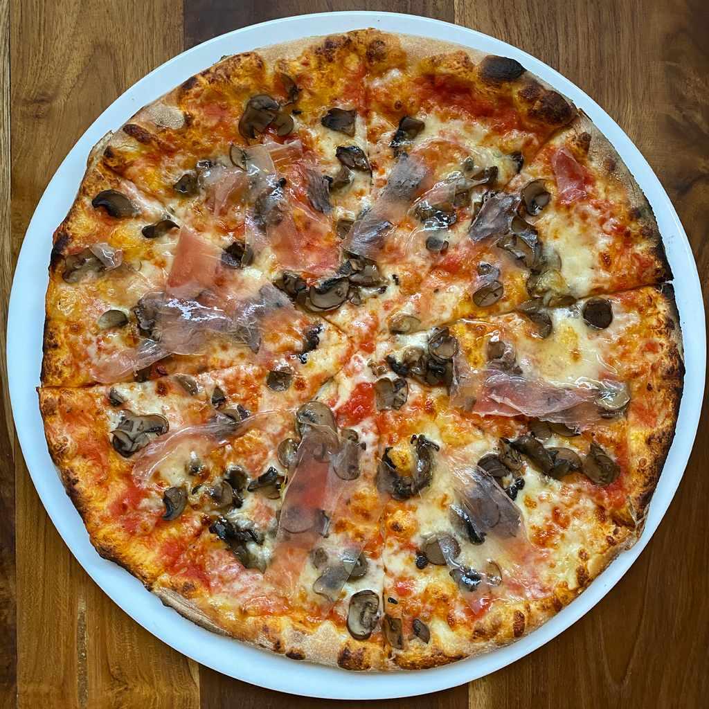 pizza: trentina