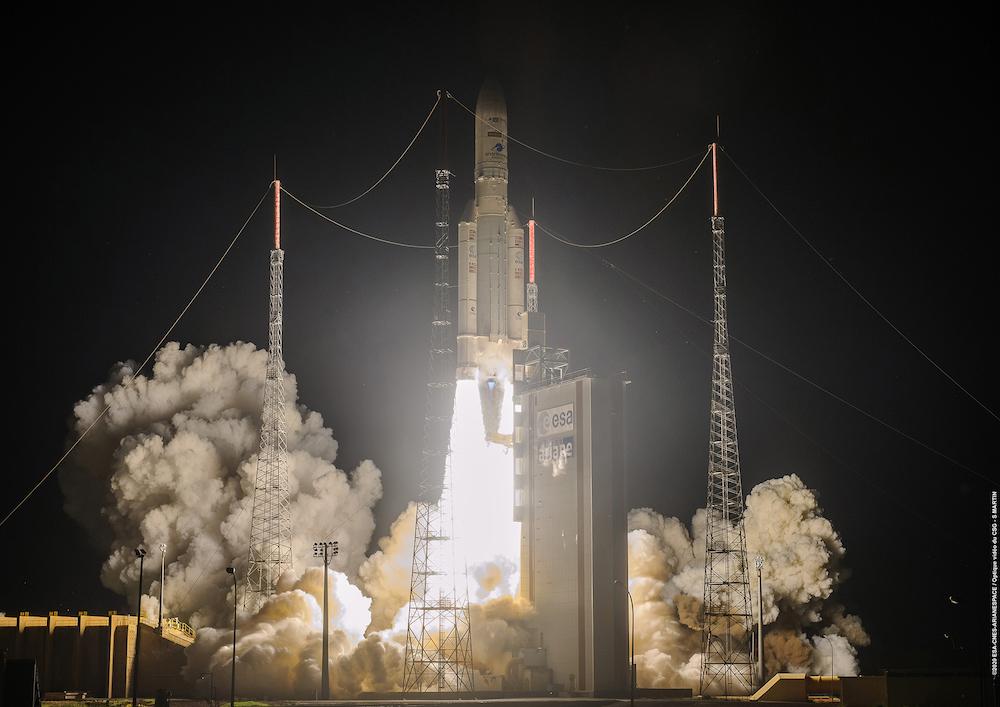 Imaginea 1: Ultima lansare a rachetei Ariane 5, din 15 august 2020. Sursa foto: Arianespace.