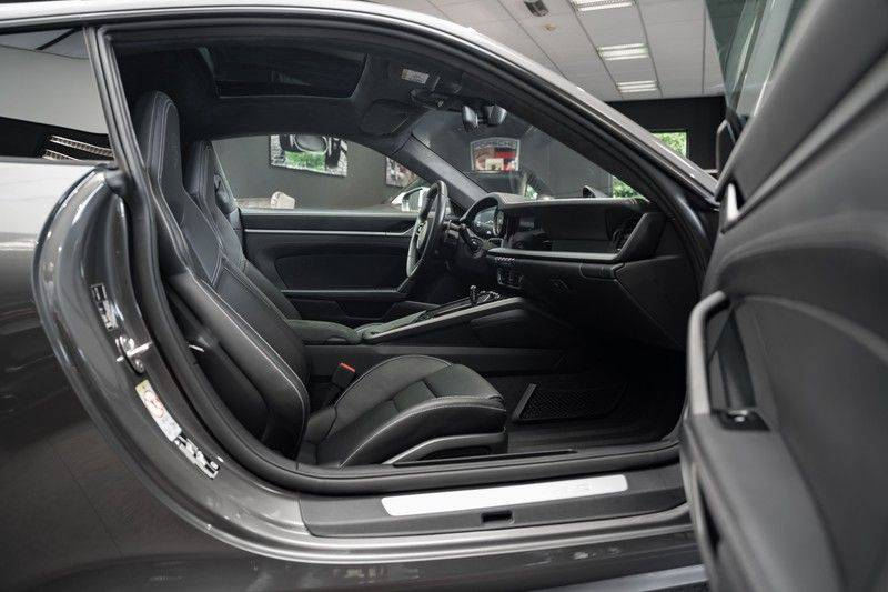 Porsche 911 992 4S Coupe Sport Design Pakket PDCC Ventilatie Pano ACC Surround Camera Achteras besturing 992 Carrera 4 S Vol afbeelding 10
