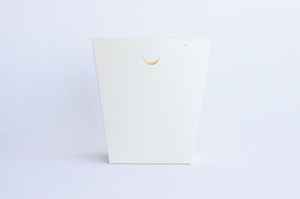 Papírová dárková taška s kulatým uchem