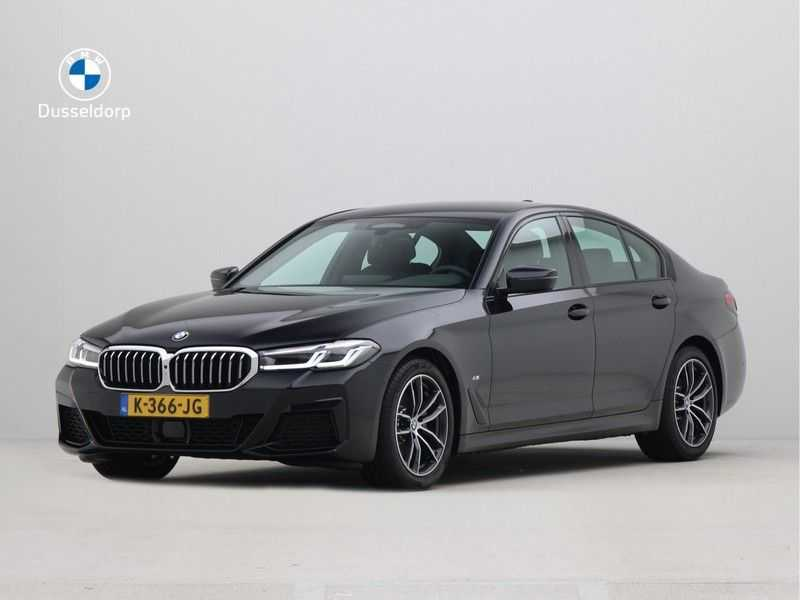 BMW 5 Serie Sedan 520i High Executive M-Sport Automaat afbeelding 1