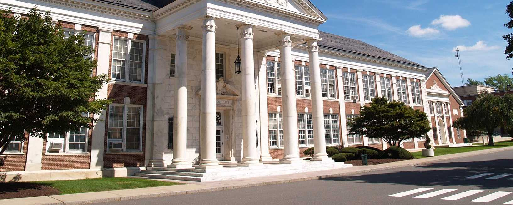 Accruent - Resources - Case Studies - Connecticut State Colleges & Universities - Hero