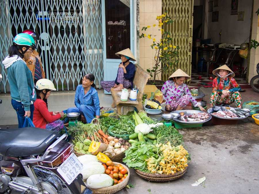five destinations cheap budget travel ho chi minh city vietnam ladies market many
