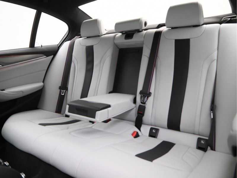 BMW M5 Sedan afbeelding 24