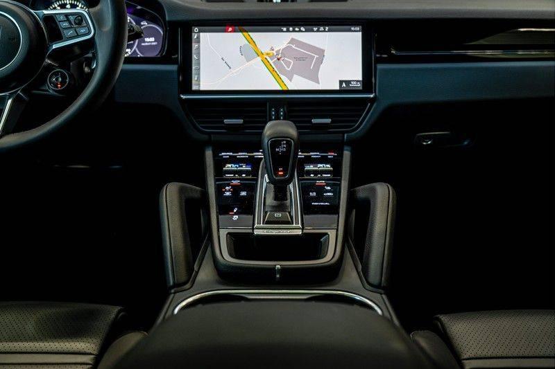 Porsche Cayenne 3.0 E-Hybrid   Panorama   Memory   360 gradencamera   Sport Chrono   DAB afbeelding 23