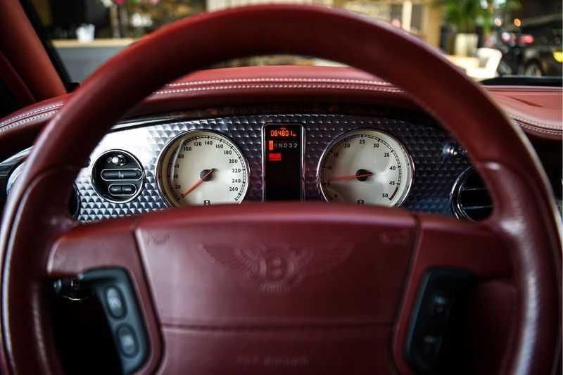 Bentley Arnage 6.8 V8 T (recent voor 20.000,- onderhouden) afbeelding 23