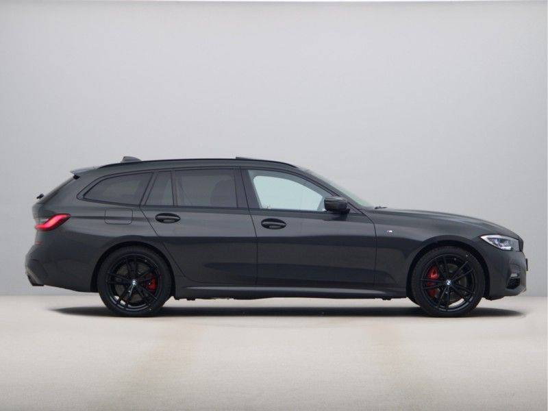 BMW 3 Serie 330Xe Touring High Exe M-Sport Hybrid afbeelding 8