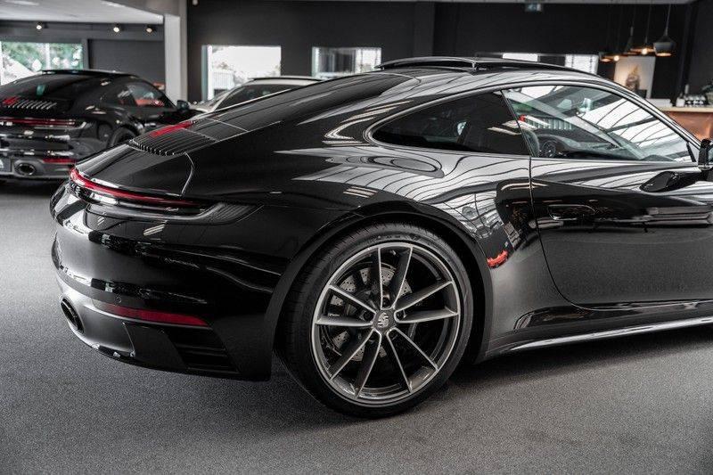 Porsche 911 992 S Sport Design Pakket Sport Chrono Sport Uitlaat Bose Pano 3.0 Carrera S Led Matrix Lift Alcantara Hemel afbeelding 7
