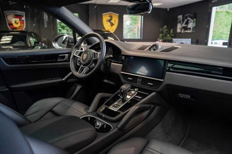 Porsche Cayenne Coupé Hybrid Sport Design Hoogglans 22' Adaptieve Sport Stoelen ACC Surround 3.0 E-Hybrid afbeelding 18