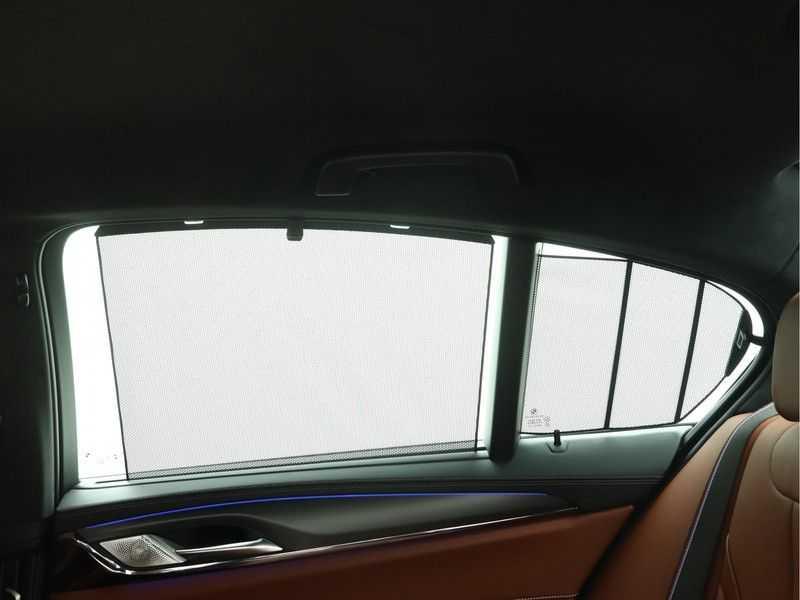 BMW M5 Individual Pure Metal Silver Nw Prijs €. 205.148.- afbeelding 20