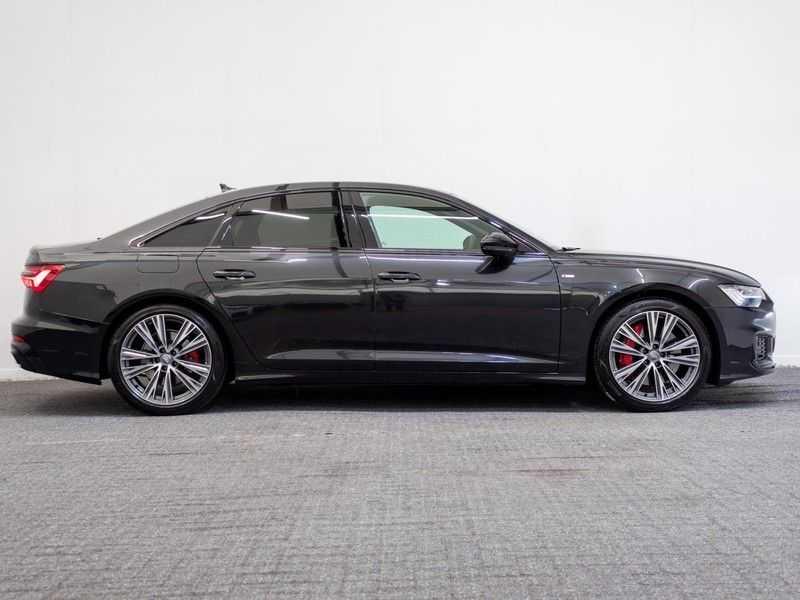 Audi A6 55 TFSI e quattro Competition Plug in Hybrid | 367PK | S-Line | B&O Sound | Nachtzicht | Camera | Adapt.Cruise | Head-Up | Trekhaak | Full Option | afbeelding 9