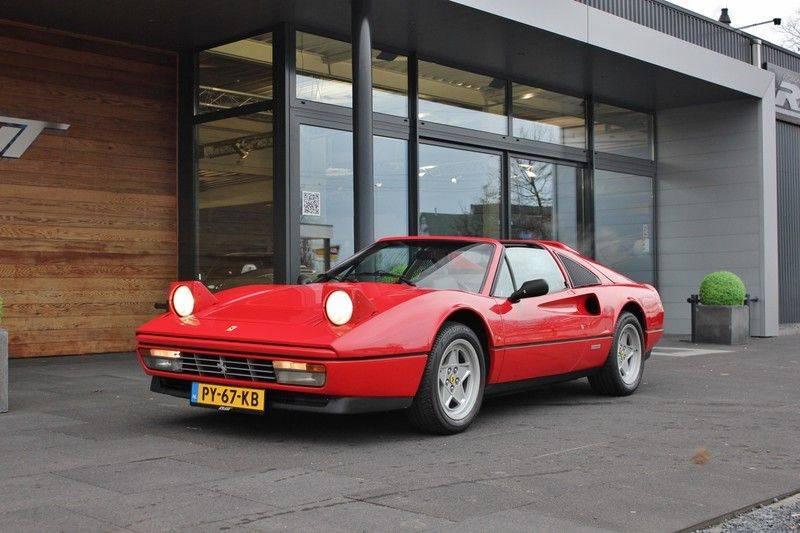 Ferrari 328 GTS Quattrovalvone 3.2 V8 270pk NL Auto afbeelding 11