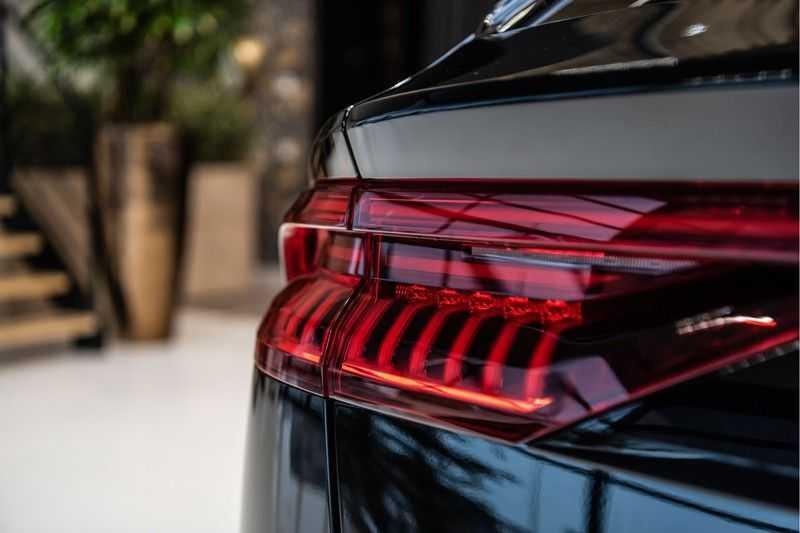 Audi Q8 55 TFSI quattro 3x S-line | PANO | 4 wielsturing | Tour | Trekhaak | Matrix LED | afbeelding 2