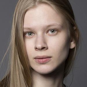 Portrait photo of Olesia