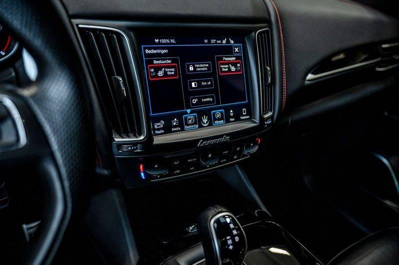 Maserati Levante 3.0 V6 D AWD | BTW | Black pack | Pano | Rood sticksel | Harman Kardon | Voertuigvolgsysteem | Nieuwe onderhoudsbeurt | afbeelding 20