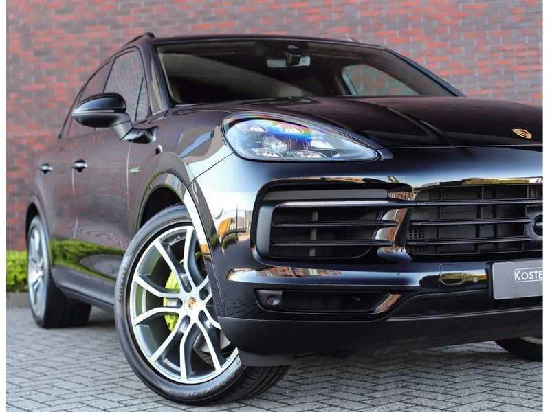Porsche Cayenne 3.0 E-Hybrid *Pano*Chrono*ACC*PASM*HUD*Bose* afbeelding 4