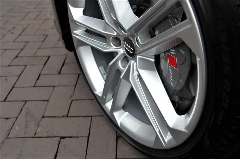 Audi S8 4.0 TFSI KERAMISCHE.REMMEN+B&O+STANDKACHEL afbeelding 23