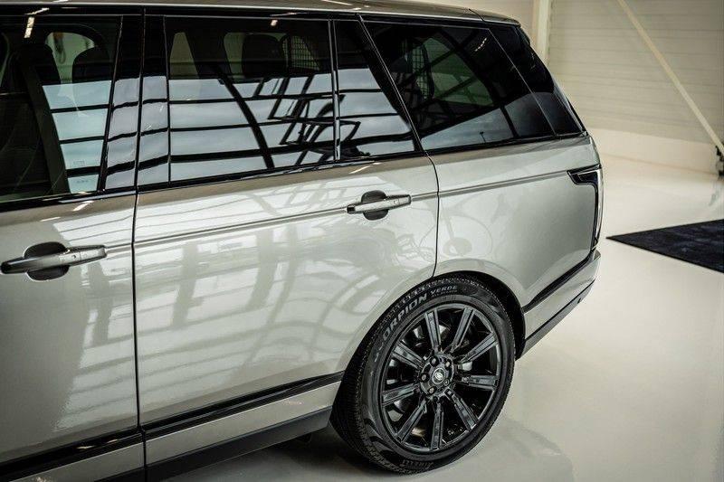 Land Rover Range Rover 4.4 SDV8 Black Pack | Panorama | Head-up Display | Trekhaak | Ambient lighting afbeelding 6