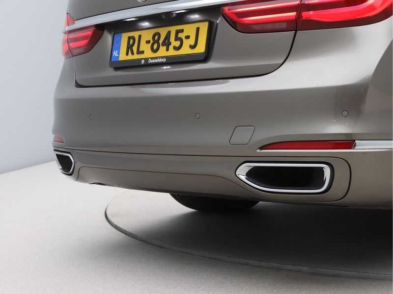 BMW 7 Serie 740Le iPerformance High Executive afbeelding 20