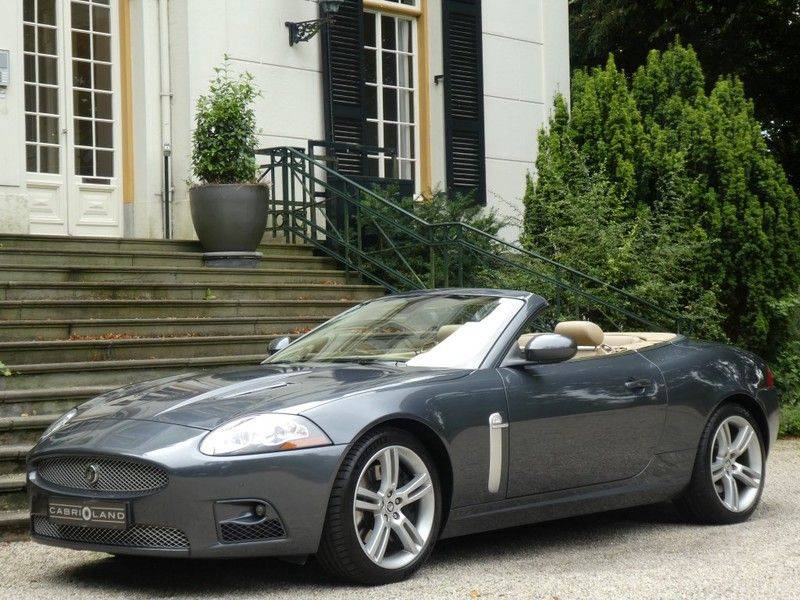 Jaguar XKR 4.2 V8 Convertible afbeelding 1