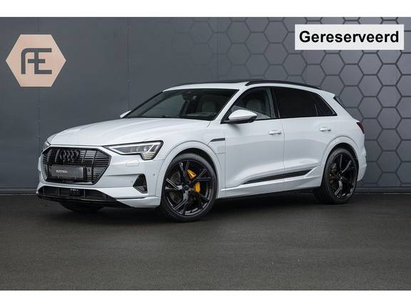 "Audi e-tron e-tron 55 quattro advanced Pro Line S 4% bijtelling!! DEC. 2018!! € 146,- netto bijtelling pm! Head-up + B&O etc. Tot januari 2024 4% bijtelling!! Prijs inclusief 22"" velgen"