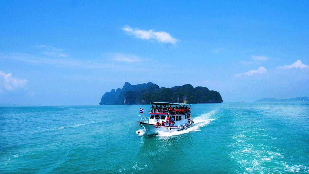 Phang Nga Island is a coastal town located in the southern part of Thailand. Few people set off to visit this island, but many get stuck here on their island-hopping escapades. So, why exactly should you plan to visit Phang Nga?