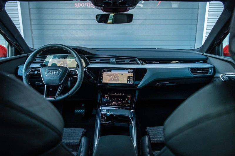 Audi e-tron 55 Quattro Advanced Exterieur, 408 PK, 4% bijtelling, Head/Up display, Pano/Dak, Night/Vision, S-line interieur, 15DKM afbeelding 3