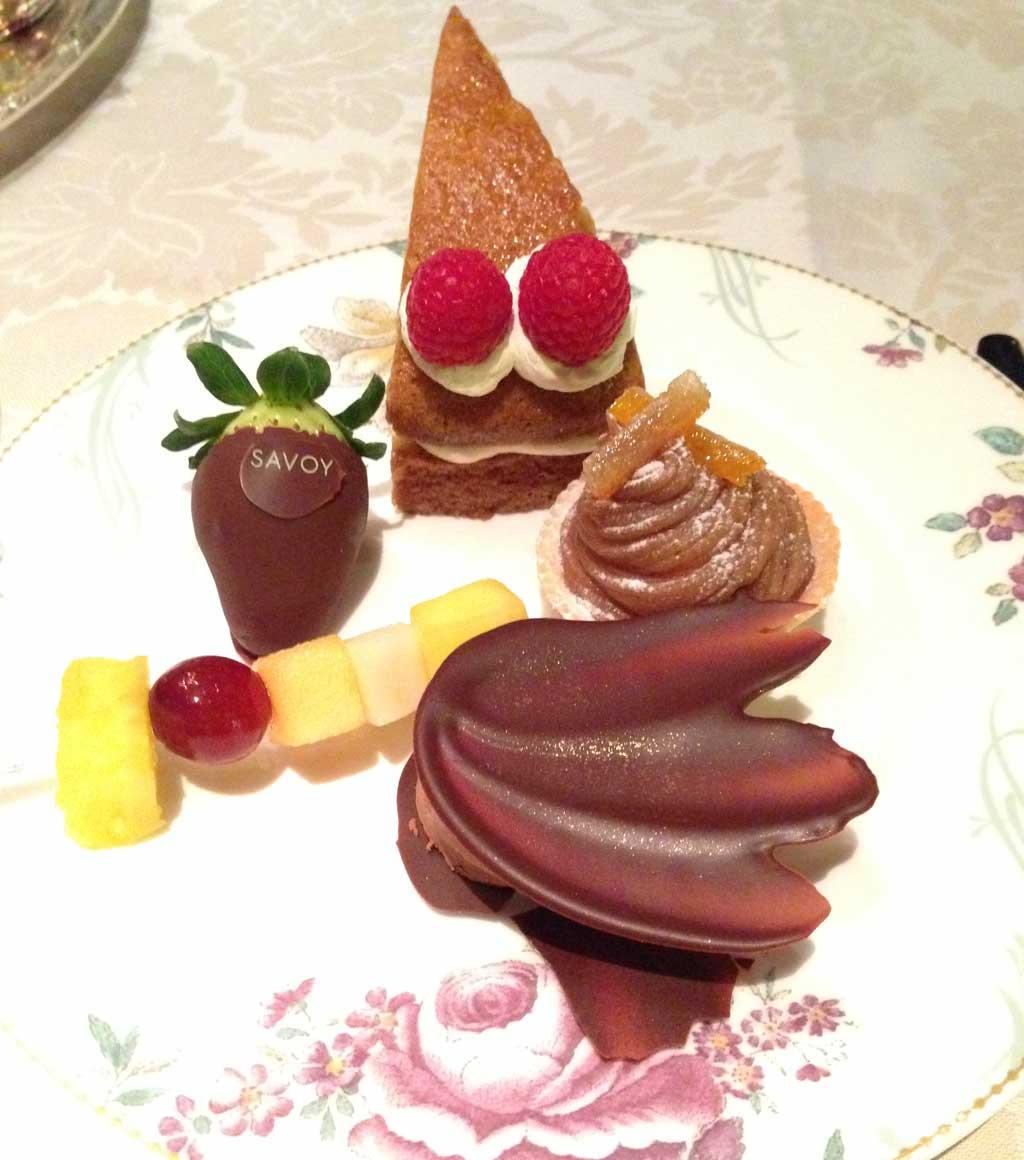 (dessert at the Savoy)