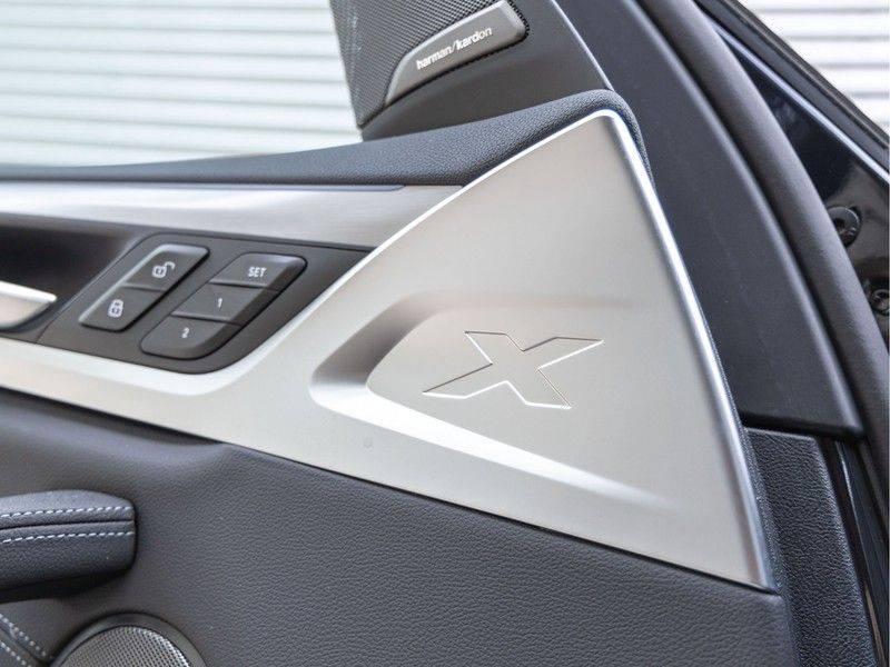 BMW iX3 High Executive - Trekhaak - Direct Beschikbaar! afbeelding 21