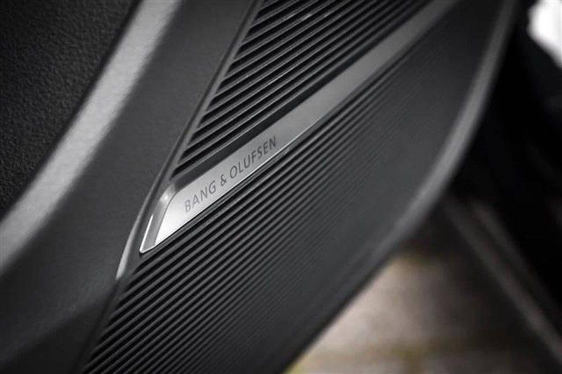 Audi RS Q8 DYNAMIC PLUS+ALCANTARA+360CAM+PANO.DAK NP.265K afbeelding 20
