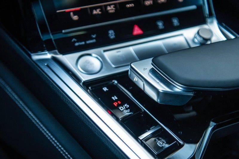 Audi e-tron 55 Quattro Advanced Exterieur, 408 PK, 4% bijtelling, Head/Up display, Pano/Dak, Night/Vision, S-line interieur, 15DKM afbeelding 11