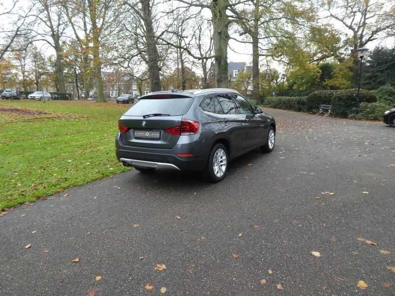 BMW X1 sDrive20i afbeelding 23