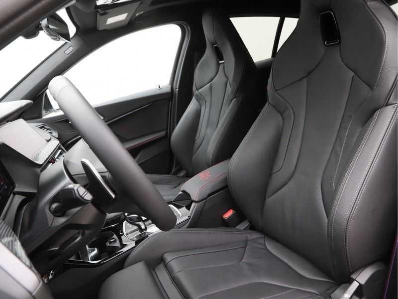 BMW 1 Serie 128ti High Exe Aut. 266 pk afbeelding 2