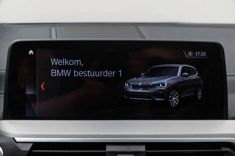 "BMW X3 M40i xDrive 340pk Panoramadak VirtualCockpit ShadowLine Sportleder+Memory Head-Up ACC Harman/Kardon AmbientLight Keyless 20"" 360Camera ParkAssist Pdc afbeelding 5"