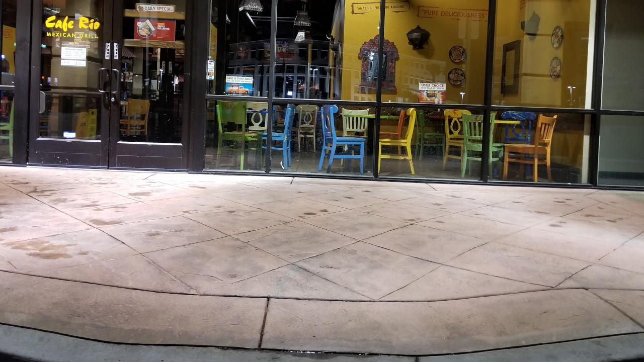 pressure-washing-cafe-rio-storefront-and-siding--cleaning-23
